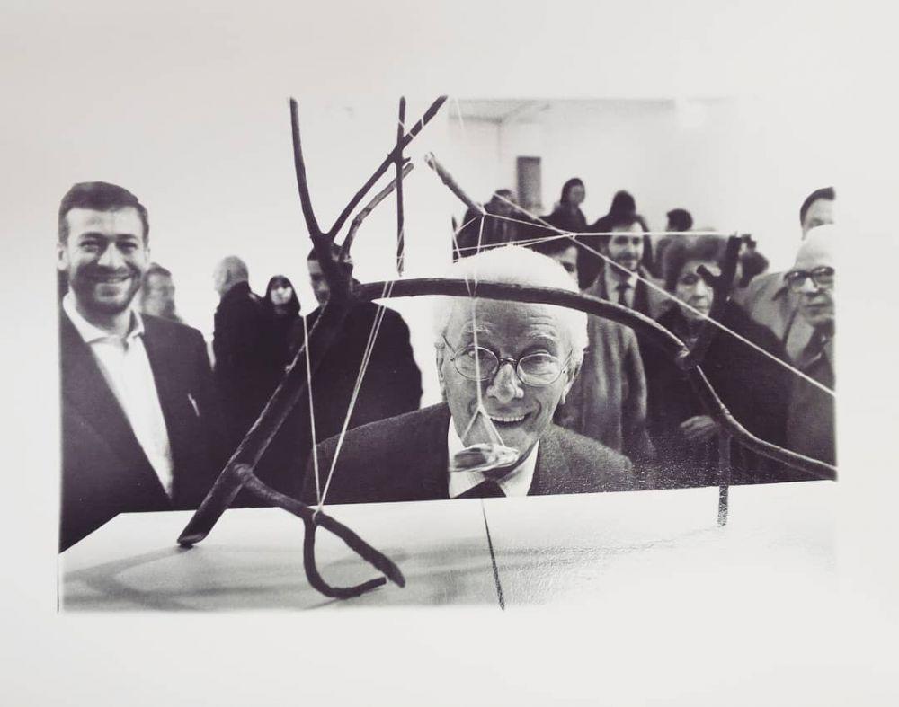 Fig. 1: Bruno Munari mostra Alta Tensione, Galleria Vismara, Milano 1991. Courtesy Archivio Fotografico Enrico Cattaneo. © Bruno Munari. Tutti i diritti riservati alla Maurizio Corraini s.r.l.